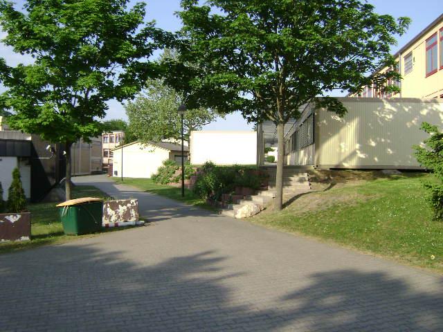 (080513)(013) Wiesbaden-Gen H.H. Arnold HS-School