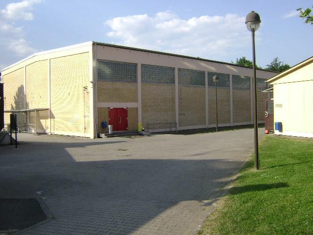 (080513)(014) Wiesbaden-Gen H.H. Arnold HS-School