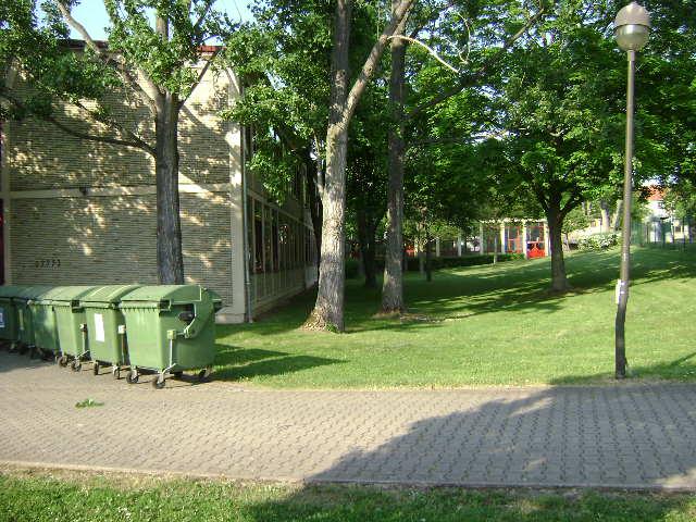 (080513)(043) Wiesbaden-Gen H.H. Arnold HS-School
