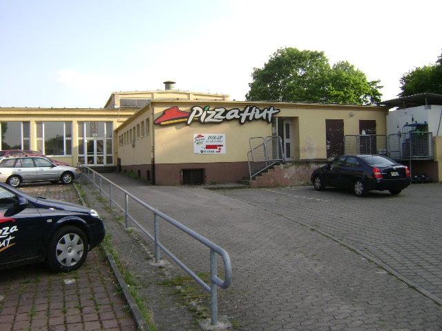 (080513)(053) Wiesbaden-Gen H.H. Arnold HS-Cafeteria