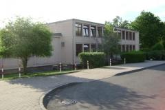 (080513)(023) Wiesbaden-Gen H_H_ Arnold HS-School