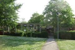 (080513)(032) Wiesbaden-Gen H_H_ Arnold HS-School